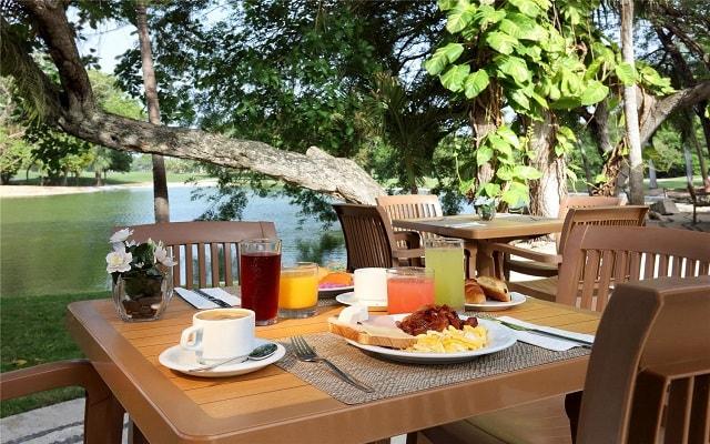 Hotel Eurostars Hacienda Vista Real, disfruta un rico desayuno en cortesía