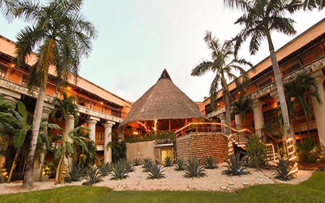 Hotel Eurostars Hacienda Vista Real, atención personalizada desde el inicio de tu estancia