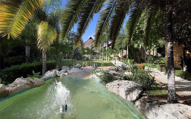 Hotel Eurostars Hacienda Vista Real, admira la belleza de su entorno natural