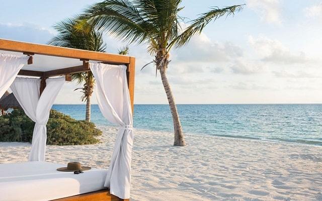 Hotel Excellence Playa Mujeres, admira la belleza del mar