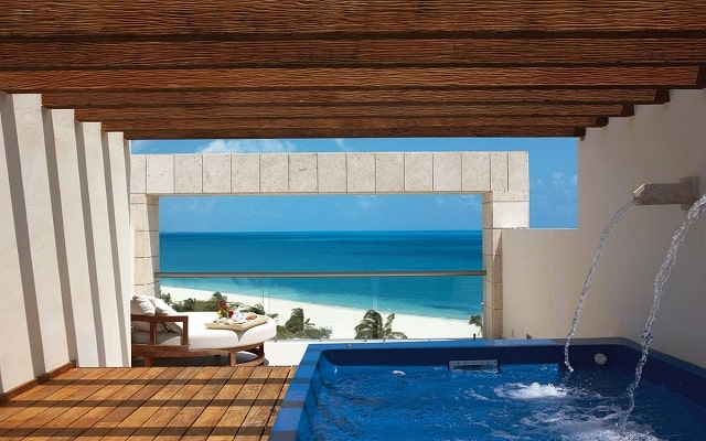 Hotel Excellence Playa Mujeres, habitaciones con todas las amenidades