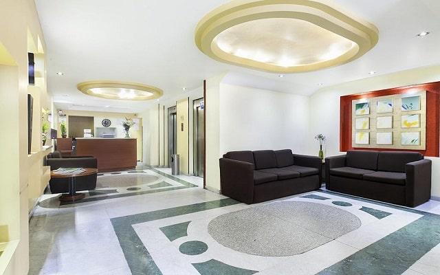 Hotel Exe Suites San Marino, lobby