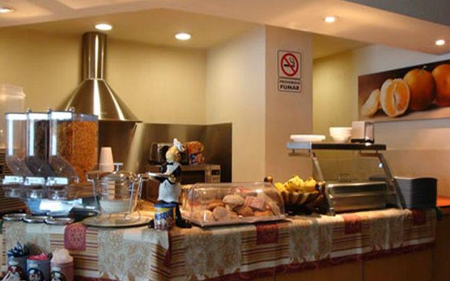 Hotel Expo Abastos, ofrece el servicio de desayuno continental por las mañanas