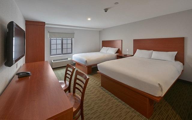 Hotel Extended Suites Monterrey Aeropuerto, amplias habitaciones