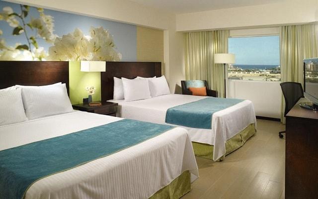 Hotel Fairfield Inn by Marriott Los Cabos, habitaciones con todas las amenidades