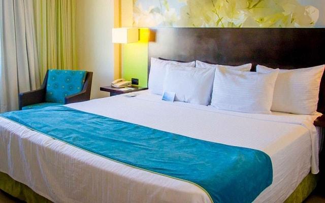 Hotel Fairfield Inn by Marriott Los Cabos, espacios diseñados para tu descanso