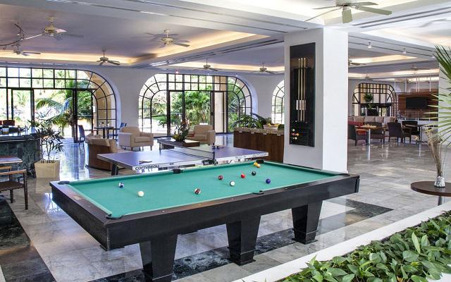 Hotel Fiesta Americana Cancún Villas, disfruta un juego de billar