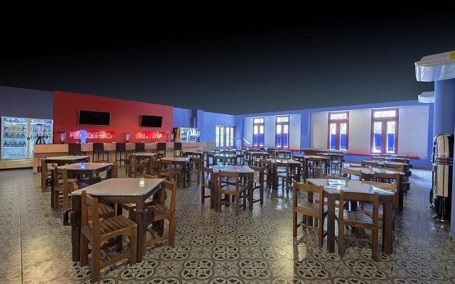 Hotel Fiesta Americana Condesa Cancún All Inclusive, relájate en el bar