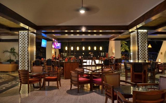 Hotel Fiesta Americana Puerto Vallarta All Inclusive & Spa, Lobby Bar