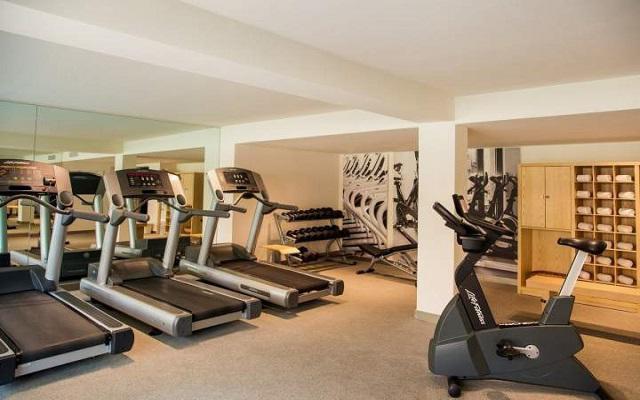 Hotel Fiesta Inn Aeropuerto Ciudad de México, no pierdas tu rutina de ejercicios, el hotel cuenta con gimnasio