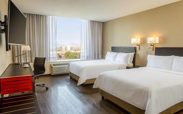 Hotel Fiesta Inn Centro Histórico, habitaciones cómodas y acogedoras