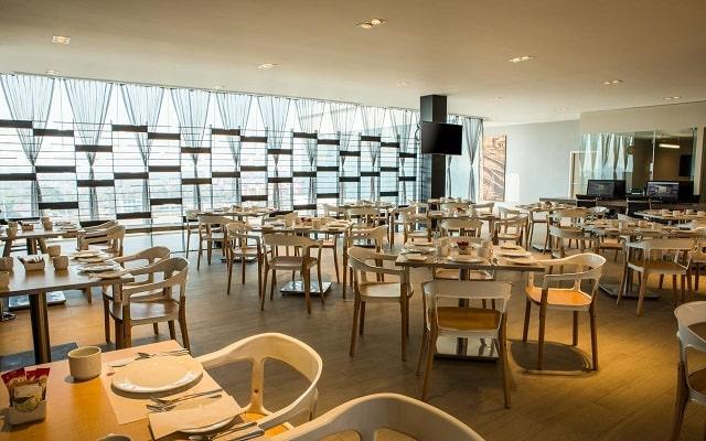 Hotel Fiesta Inn Ciudad de Mexico Forum Buenavista, escenario ideal para tus alimentos
