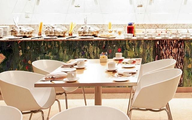 Hotel Fiesta Inn Guadalajara Expo, escenario ideal para tus alimentos