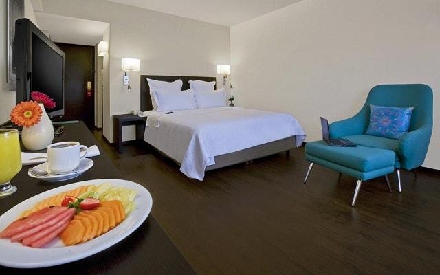 Hotel Fiesta Inn Guadalajara Expo, descansa en la comodidad de tu habitación