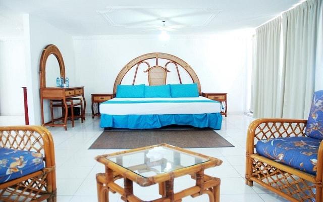 Hotel fiesta mexicana ofertas de hoteles en manzanillo for Habitaciones conectadas hotel