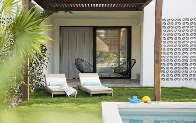 Hotel finest playa mujeres ofertas de hoteles en cancun for Hoteles con habitaciones comunicadas playa