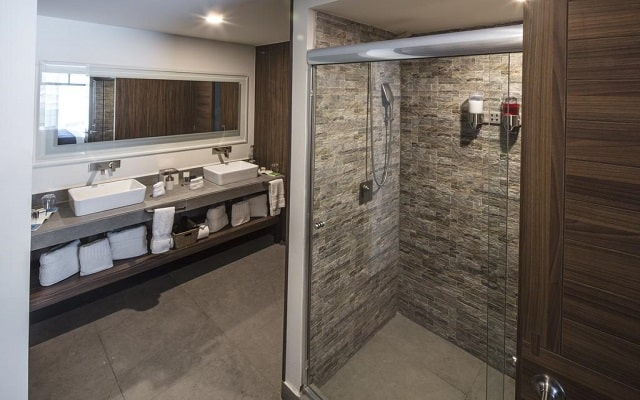 Hotel Flowsuites WTC, amenidades de calidad