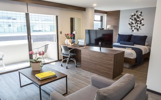 Hotel Flowsuites WTC, confort en cada sitio