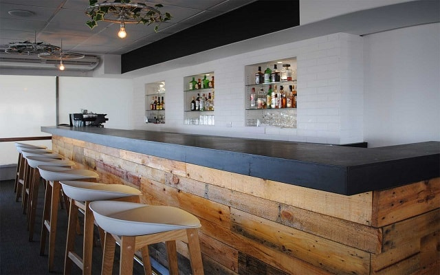 Hotel Fontán Ixtapa, disfruta una copa en el bar