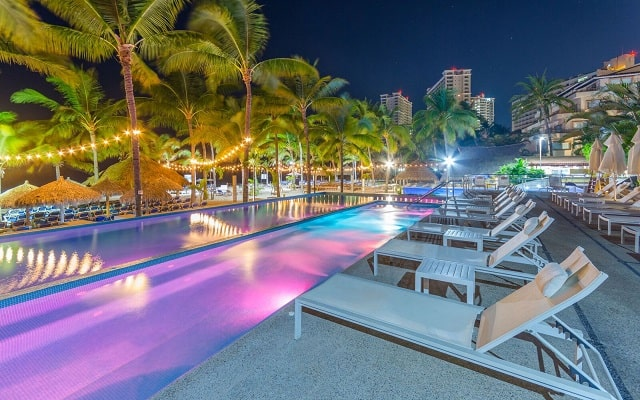 Hotel Friendly Vallarta Family All Inclusive Beach Resort and Spa, noches inolvidables