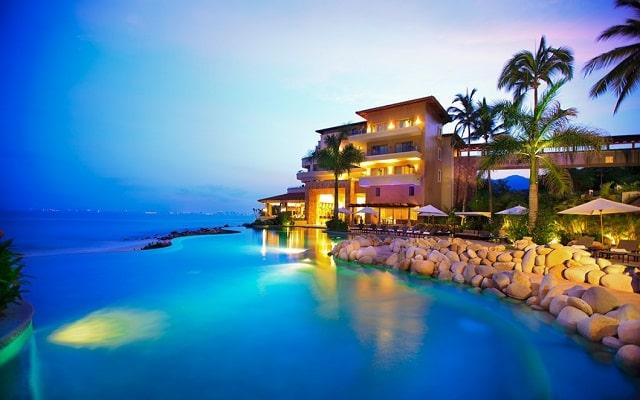 Hotel Garza Blanca Residences All Inclusive, noches inolvidables
