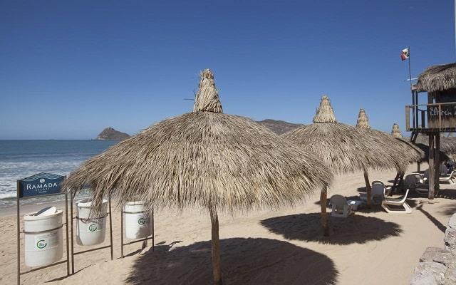 Hotel Gaviana Resort, disfruta la playa