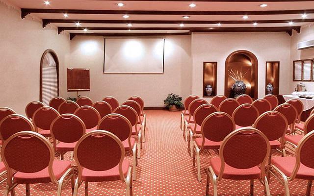 Hotel Geneve, Salón Colonial