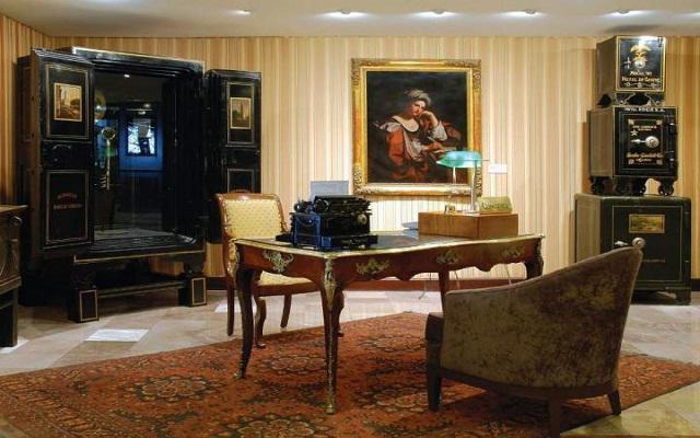 Hotel Geneve, Concierge