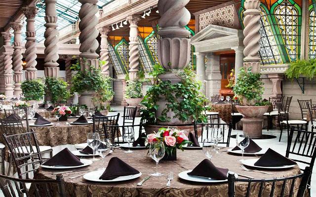 Hotel Geneve, celebra tu evento en salones de lujo