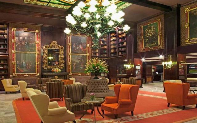 Hotel Geneve, Lobby