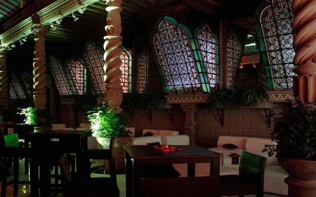 Hotel Geneve, Lounge