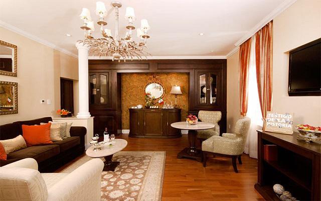 hotel geneve elegante mobiliario
