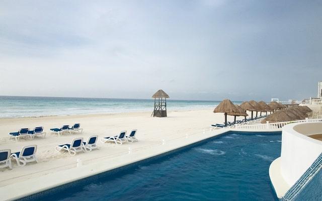 Hotel Golden Parnassus Resort and spa, disfruta de bellos atardeceres
