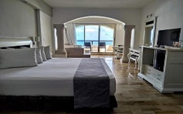 Hotel Golden Parnassus Resort and spa, habitaciones con todas las amenidades