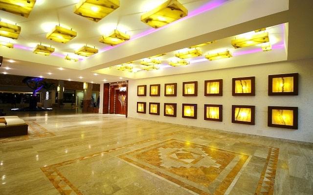Hotel Golden Parnassus Resort and Spa, lobby