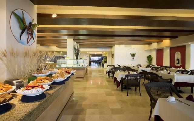 Hotel Golden Parnassus Resort and spa, sitio ideal para tomar tus alimentos