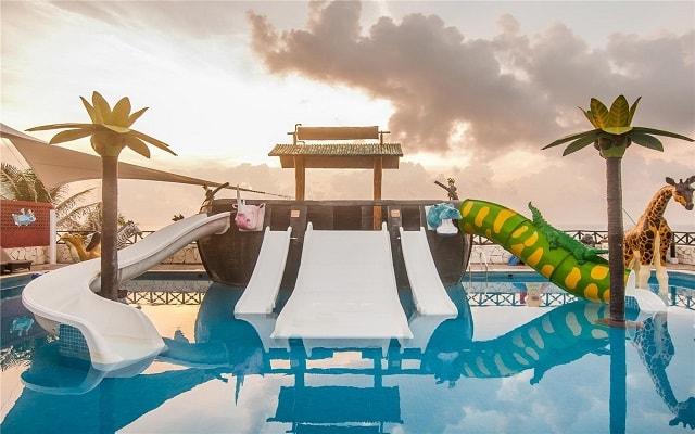 Hotel GR Caribe By Solaris Deluxe All Inclusive Resort, divertido parque para los más pequeños
