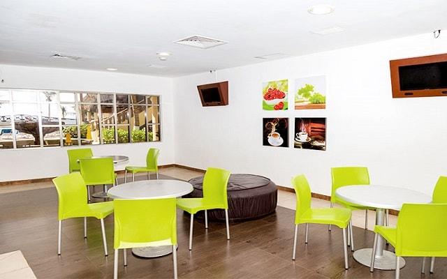 Hotel GR Solaris Cancún, Restaurante Deli