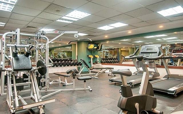 Hotel GR Solaris Cancún, gimnasio bien equipado