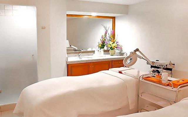Hotel GR Solaris Cancún, permite que te consientan con un masaje