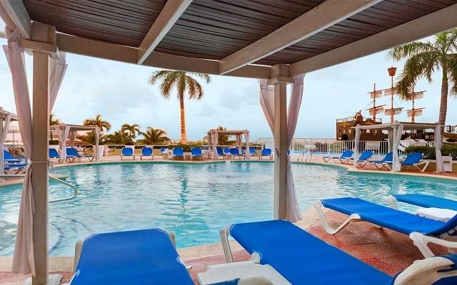 Hotel Gran Caribe Resort and Spa, asoléate en espacios con el mejor servicio