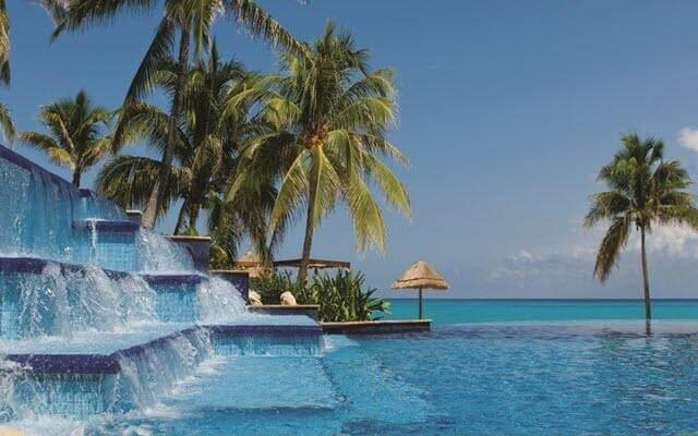 Hotel Grand Fiesta Americana Coral Beach Cancún, disfruta de su alberca al aire libre