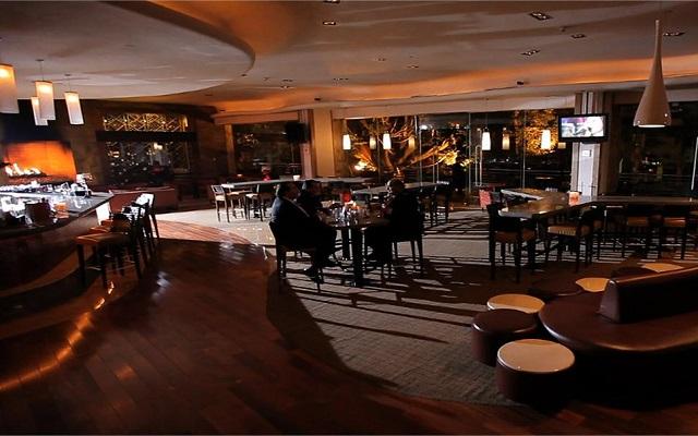 Hotel Grand Fiesta Americana Guadalajara Country Club, disfruta una copa en el bar
