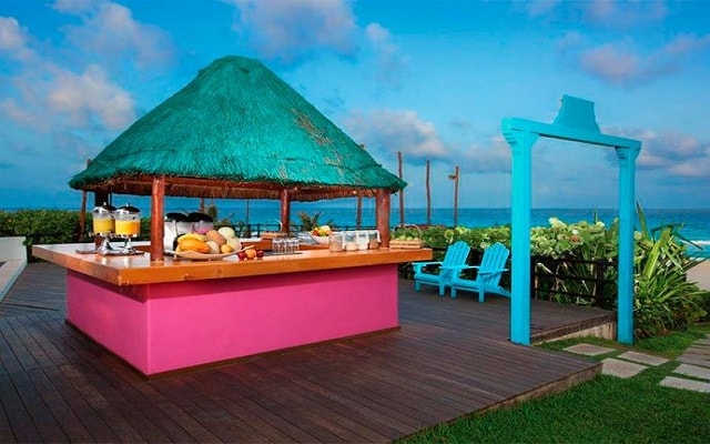 Hotel Grand Oasis Cancún, Health Bar
