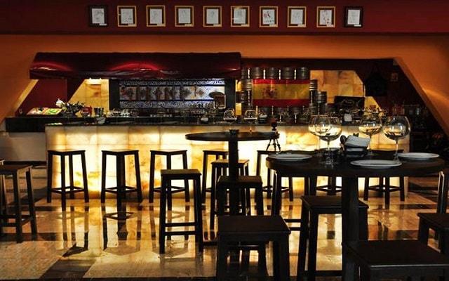 Hotel Grand Oasis Cancún, disfruta de la cocina española