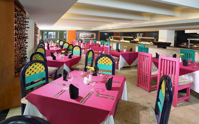 Hotel Grand Oasis Palm, Restaurante Sisal