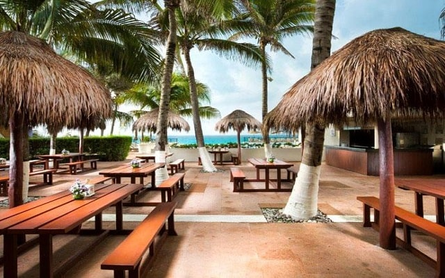 Hotel Grand Oasis Sens, escenario ideal para tus alimentos