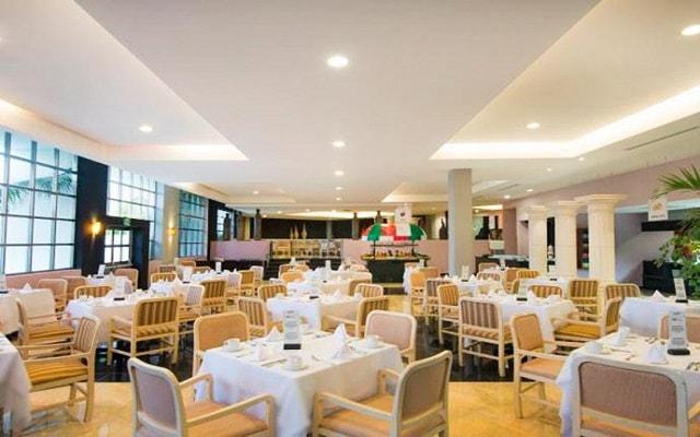 Hotel Grand Oasis Sens, Restaurante Coba