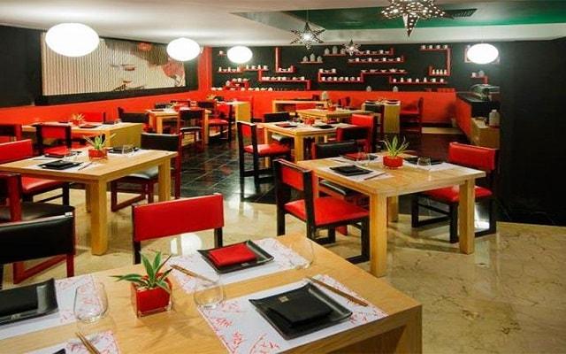 Hotel Grand Oasis Sens, Restaurante Makitako
