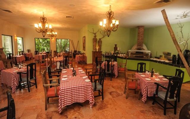 Hotel Grand Oasis Tulum, Restaurante Dos Lunas